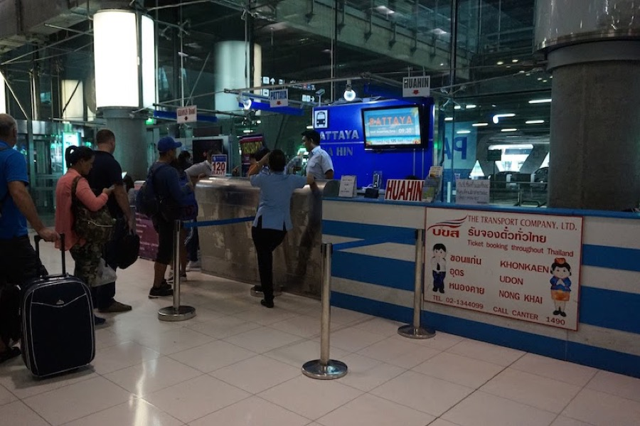 BKK bus ticket counter