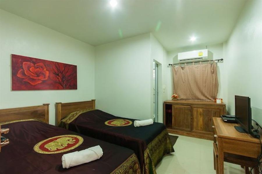 Victor residence room